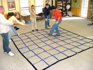 R905 - Corporate Maze